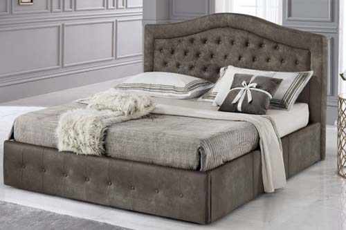 Double bed with container