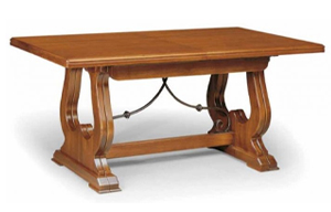 Classic pull-out table – classic style
