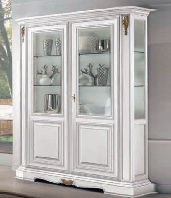 Showcase classic style white lacquered